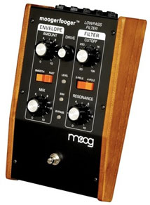 MoogerFooger pedal