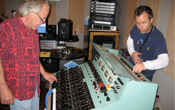 John Nowland, Will Shanks and the 610 Console