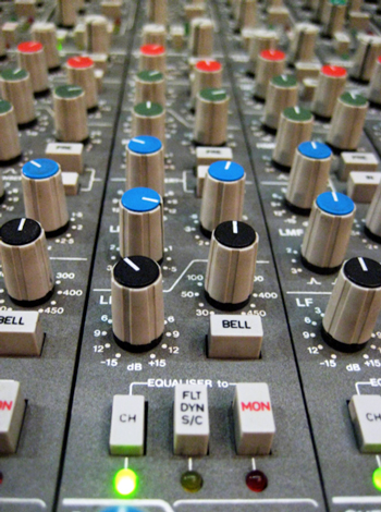 SSL 'Black Knob' EQ Section